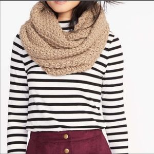 3/$20 NWT Old Navy Knit Chunky Infinity Scarf